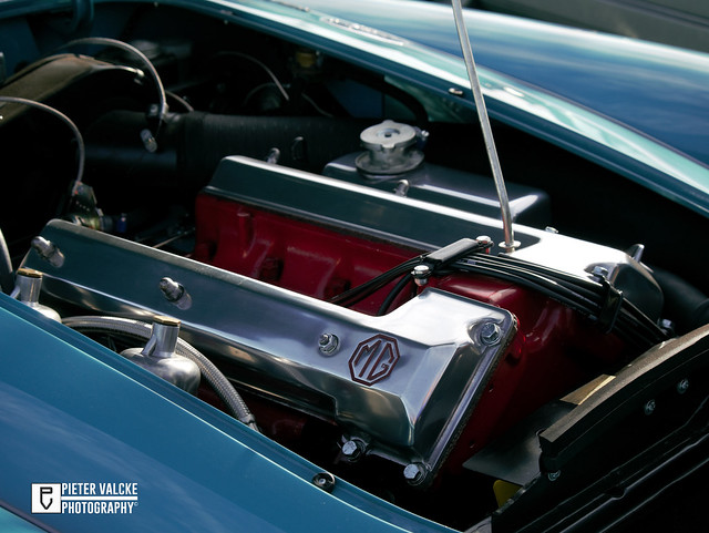 MG A Twin Cam engine