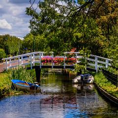 Oudega 2 (cstevens2) Tags: friesland nederland oudega sudwestfryslan thenetherlands brug footbridge reflections weerspiegeling boats boten