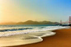 Unconventional Golden (Gio_guarda_le_stelle) Tags: wonderland sanfrancisco goldengate beach sunset pacificocean water sand windy gate west westcoast goldengatebridge bakerbeach ocean