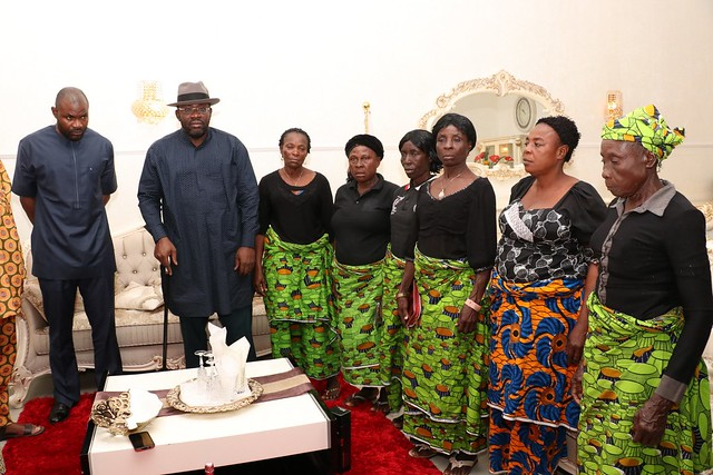 HSDickson- Condolence visit to HIS Excellency by women Assiociation. 29th August 2018