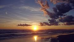 MARINA di PIETRASANTA (cannuccia) Tags: paesaggi landscape marinadipietrasanta toscana tramonti colori sole cieli riflessi mare nuvole versilia coth coth5