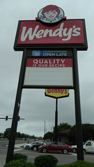 Wendy's (RetailByRyan95) Tags: wendys sign hampton va virginia