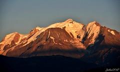 ~~ Coucher de Soleil sur le Mont Blanc ~ (Joélisa) Tags: septembre2018 coucherdesoleil sunset montagne montain montblanc neige sommet lumière