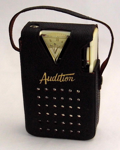 Vintage Audition Transistor Radio With Leather Case, Model 1069, AM Band, 6 Transistors, Made In Japan, Circa 1962