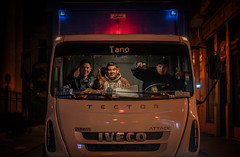 Thumbs up! Buenos Aires (reinaroundtheglobe) Tags: buenosaires argentina southamerica streetphotography workingpeople truck illuminated night nightphotography people locallife
