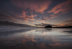 Bamburgh - Christmas Day (Elidor.) Tags: sunrise dawn reflection bamburgh castle northumberland northeast coast morning christmas