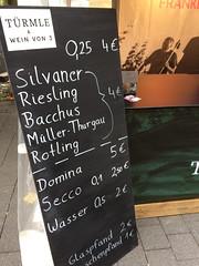 Schoppenpreise auf dem Stadfest (barockschloss) Tags: stadtfest schweinfurt weinvon3 weingut franken bayern bavaria germany weinfest