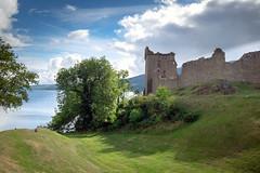 Highlander-Feeling (wolf238) Tags: scottland schottland highlander ruine burgruine castleofurquhart castel urquhart lochness