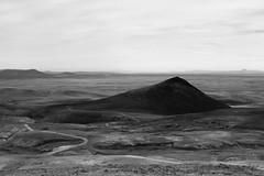 La piramide (margot 52) Tags: islanda iceland islande pistaf35 kjolur piramide altopianocentrale