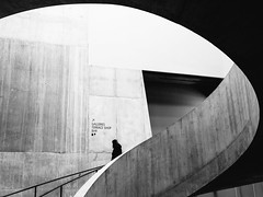 A Curved Space (Sean Batten) Tags: london england unitedkingdom gb europe tate tatemodern building lines curves light shadow person architecture nikon d800 35mm stairs city ueban artgallery blavatnikbuilding switchhouse