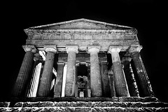 Temple of Concordia, Agrigento (photoautomotive) Tags: agrigento sicily italy europe infrared ir irconverted temple temples valleyofthetemples valley columns stone old outside outdoor greek greekcolumns canon 350d