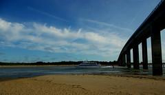 Noirmoutier - FRANCE (manguybruno) Tags: sky landscape paysage sea océan pont bateau beach