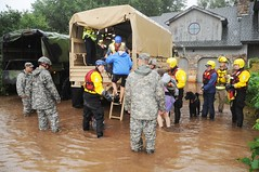 Colorado National Guardsmen respond to floods in Boulder County, Colo., Sept.12, 2013. (CONG)