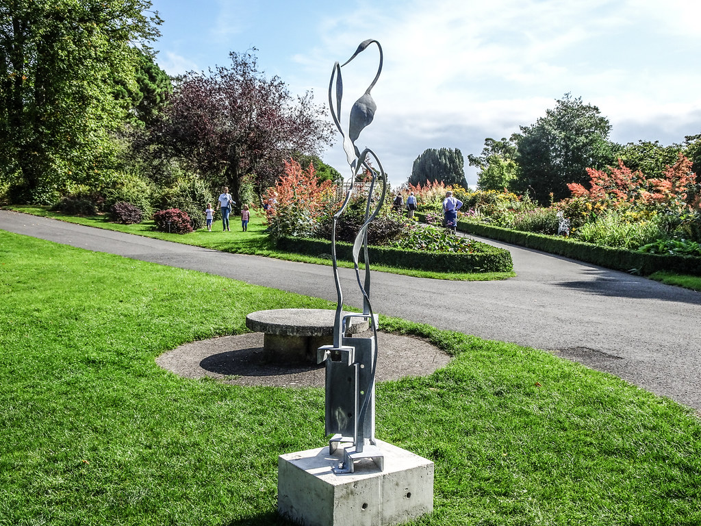 2018 SCULPTURE IN CONTEXT EXHIBITION BEGINS NEXT THURSDAY  AT THE BOTANIC GARDENS[I MANAGED TO GET A SNEAK PREVIEW TODAY]-143712