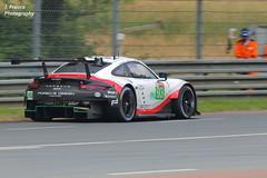Le Mans 2018 Porsche 911 RSR (Explored) (Javier Frauca) Tags: le mans 2018 porsche 911 rsr canon 70d car carreras resistencia sport velocidad endurance race motorsport 24 heures hours lemans lemans2018 panning explored inexplore