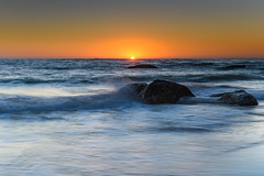 Clear Skies Sun Rising Seascape (Merrillie) Tags: daybreak sunrise seashore nature dawn australia surf centralcoast morning weather newsouthwales waves noraville nsw sea beach ocean sky landscape earlymorning coastal waterscape outdoors seascape hargravesbeach coast water seaside