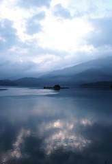 Lalu island, Taiwan (a.pierre4840) Tags: olympus omd em5 panasonic lumix 14mm f28 reflection reflections lake landscape taiwan island dawn mountains