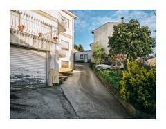 Casas Novas, Coimbra (Sr. Cordeiro) Tags: casasnovas coimbra portugal rampa ramp suburbio suburbs suburban carro car sony rx100 ii mkii m2 mk2 mii