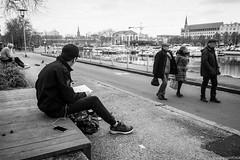 Nantes - Mars 2018 (Maestr!0_0!) Tags: noir blanc black white rue street people candid draw dessin nantes