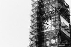 Big Ben's clock (doloreshooijschuur) Tags: engeland england verenigdkoninkrijk unitedkingdom blackandwhite bigben london uk clock londen vk klok zwartwit white wit zwart black gray grijs monochrome monochroom canon canon77d canoneos77d canonnl beginner starter sky lucht