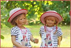Anne-Moni und Sanrike ... einen schönen Tag ... (Kindergartenkinder 2018) Tags: kindergartenkinder annette himstedt dolls annemoni sanrike