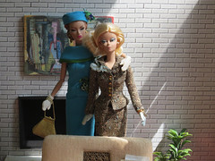 dio10-09 (Mid Century Phicen) Tags: midcentury phicen diorama fashionroyalty ooak 16scale playscale atomic retro dolls fashiondolls barbe