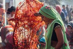 Woman With Mauli, मौली, Thread, Vrindavan India (AdamCohn) Tags: adamcohn hindu india vrindavan charandu holi kalava mauli moui pilgrim pilgrimage कलावा मौली होली