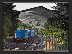 R.H.T.T. Wagon move from York Thrall along the Hope Valley to Coleham I.S.U. - 8083 (Dao-Haiku) Tags: hopevalley hoperailwaystation colasrail class56 grid 56078 doncasterenterprise 0z56 doncasterchstoyorkthralleuropa 6z56 6g56 yorkthralleuropaviahopevalleytocolehamisu rhht railheadtreatmenttrain sanditewagons set4 set7 northernrail class150 150135 2s47 manchesterpiccadillytosheffield 2s89 sheffieldtomanchesterpiccadilly transpenninetrains tpe arrivalivery class185 turbostar 185143 1b82 manchesterairporttocleethorpes eastmidlandstrains class158 sprinter 158856 1r86 norwichtoliverpoollimest millstoneedge hathersagebooth losehill winhill bamford grindleford edale londonmidlandscottishrailways lms networkrail semaphoresignal grindlefordsignalbox earlessidingsignalbox peaknationalpark