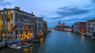 Venice classic blue