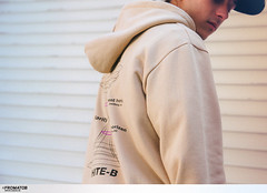 14 (GVG STORE) Tags: streetwear streetstyle coordination unisex unisexcasual crewneck hoodie gvg gvgstore gvgshop