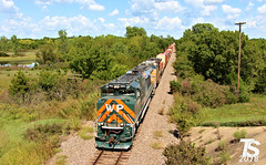 UP 1983 Leads SB Military Containers near Paola, KS 9-15-18 (KansasScanner) Tags: kansascity missouri kansas chiles paola coffeyvillesub up westernpacific wp up1983 train railroad