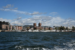 DSC_2621 (Bobfantastic) Tags: oslo norway norge city urban fjord scandinavia raadhus townhall water harbour marina