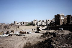 Dry bed of Saila river (motohakone) Tags: jemen yemen arabia arabien dia slide digitalisiert digitized 1992 westasien westernasia ٱلْيَمَن alyaman