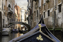 Venice Gondola (terrencechuapengqui) Tags: venice italy travel gondola