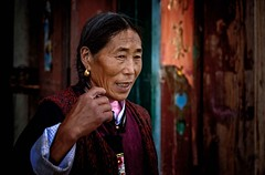 Tibetan Woman (Rod Waddington) Tags: china chinese yunnan shangrila tibetan woman home house portrait candid color outdoor people culture cultural ethnic ethnicity