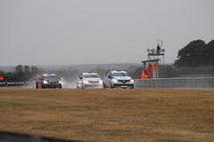 IMG_0135 (routemaster2217) Tags: dunlopmsabritishtouringcarchampionship racingcars motorsport motorracing snetterton renaultukcliocup renaultclio cliorenaultsport220trophy