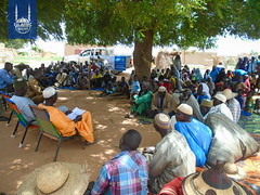 Local governments in Niger gathering together to hand out Qurbani meat to the community