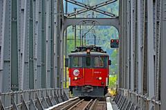 Die Zentralbahn De 110 021-3 (Railway Photography Switzerland) Tags: railway trainphotography railpictures trainspotting railphotography railwayphotography stefanwullschlegerburgdorf pinterest sbbcffffs bahnbilder bahnbilderschweiz berneroberland eisenbahnfotografie schweiz switzerland de110 deh46 zentralbahn explore inexplore