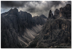 "Val De Mezdì (""Deca"") Tags: dolomiti dolomites gruppodelsella valdemezdì altabadia montagna mountain nuvole clouds estate summer agosto august unescoworldheritage"
