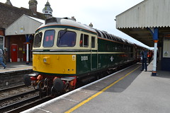 33012 / D6515 (Will Swain) Tags: wareham during swanage railway diesel gala 11th may 2018 station train trains rail railways transport travel uk britain vehicle vehicles england english 33012 d6515 class 33 012 williamsdigitalcamerapics101