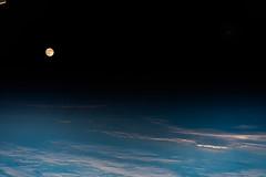 Moon and Mars | Mond und Mars (Astro_Alex) Tags: mars moon moonandmars moonrise horizon night terminator