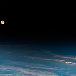 Moon and Mars | Mond und Mars thumbnail