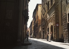 Walking in the Shadows (Angelk32) Tags: firenze italia italy street florence europe southerneurope 17mmf118 primelens olympus em10 microfourthirds mirrorless summer holiday travel tuscany unesco oldtowncentre