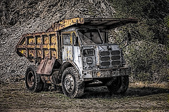 Dumper Truck (Frodingham Photographer) Tags: threkeldquary plant dumpertruck art holiday2018 equipment quarry lakedistrict holiday motorvehicle