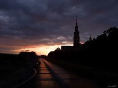 La Laboral 03 (Jaime Martin Fotografia) Tags: gijon asturias sunset sun universidad