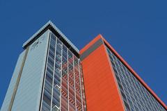 Building with orange and blue (Jan van der Wolf) Tags: map187131v blue blauw orange oranje lines lijnen lijnenspel interplayoflines playoflines lowpov architecture architectuur delft tuwijk building gebouw gevel facade