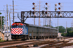 Shoot 'em Now (Jeff Carlson_82) Tags: metra franklinpark il illinois b12 tower signalbridge emd f40ph commutertrain 102 signal train railroad railfan railway metx