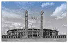 Olympic Dreams (Silke Klimesch) Tags: berlin westend olympiastadion berlinolympicstadium olympicrings wernermarch 1936 architektur architecture monochrome colour colorkey selectivecolour clouds blue wolken historisch historical 169 panasoniclumixdmclx100 lumixlx100 lumix leica leicadcvariosummilux on1photoraw2018 luts mft microfourthirds compactcamera