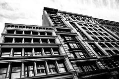 New YorkBW0199 (schulzharri) Tags: new york black white schwarz weis city stadt usa amerika america travel monochrome reise town skyscraper scraper hochhaus building architecture archhitektur art