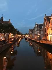 Canal in Alkmaar (in explore) (Margovv) Tags: az kaas verlichting boot avondfotografie alkmaar canals grachten